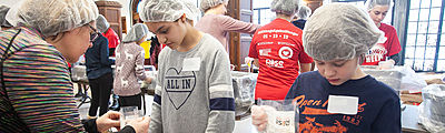 Changing Lives on a Snowy Day: University Families Participate in MLK Day Service Project